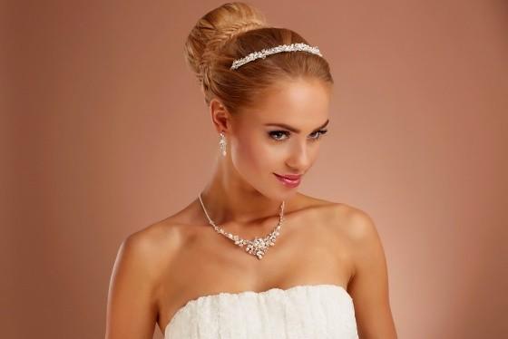 tiara ketting en oorbellen d36 n25 online kopen. Black Bedroom Furniture Sets. Home Design Ideas